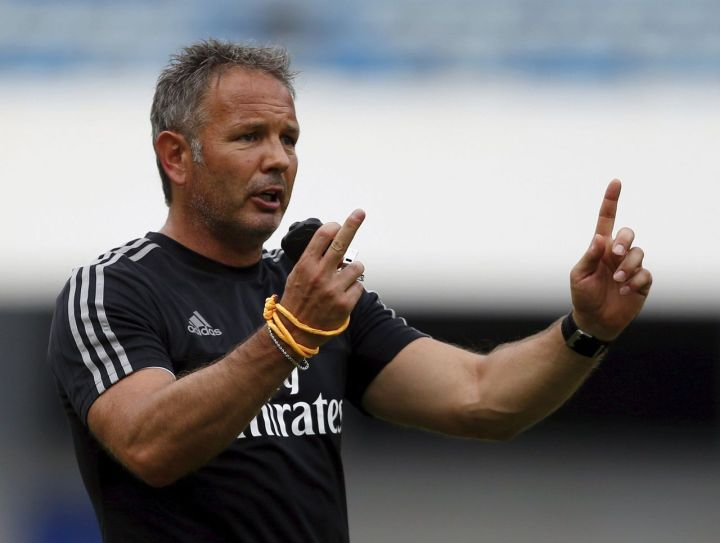 Milan boss Siniša Mihajlović seems to have made the simple, yet productive adjustment to a new formation rather than forcing his preferred 4-3-1-2 into the side that otherwise may not have the proper players suited for it.