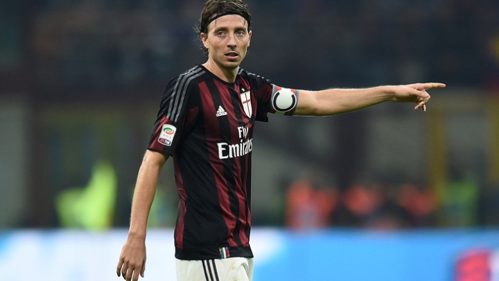 A rejuvenated Riccardo Montolivo wearing the captain's armband during a Serie A match.